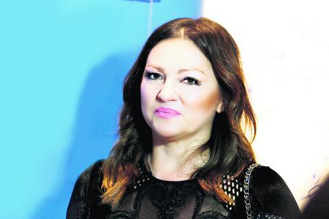 BOL ZA KOLEGOM I DALJE TRAJE: Evo šta je Nina Badrić uradila u čast Oliveru Dragojeviću u avionu