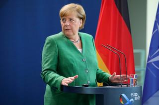 Niemieckie media: Kompromis ws. budżetu to sukces Merkel, ale wiązanie budżetu z praworządnością utrącone