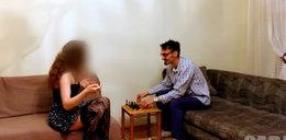 Wkręca ludzi, zawstydza kobiety, z prostytutkami gra w szachy
