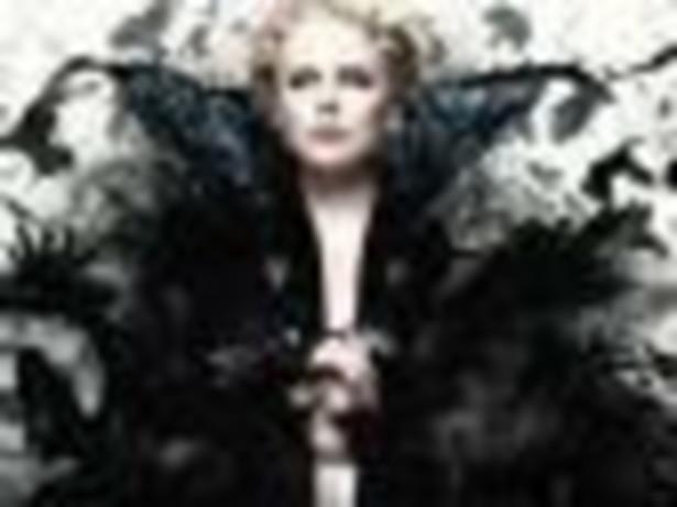 """Miejsce 5 (18 mln $). Charlize Theron w omawianym okresie pojawiła się w filmie""""Królewna Śnieżka i łowca"""". W amerykańskich kinach jest właśnie wyświetlany """"Prometeusz"""" z jej udziałem."""