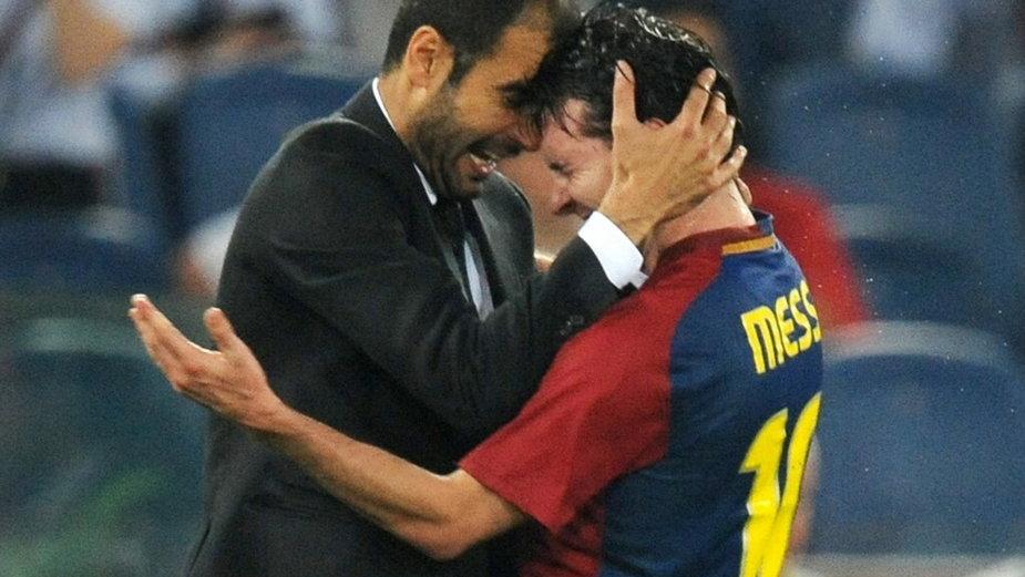 Radość Pepa Guardioli (L) i Lionela Messiego (P) 27 maja 2009 r.