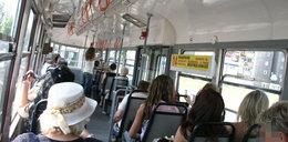 Kloszardzi rządzą w tramwajach. Smrodem zdobywają miejsca