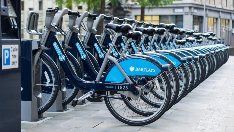 """Boris Bikes"", fot. Colin / Wikimedia Commons"