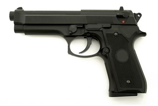 Broń.
