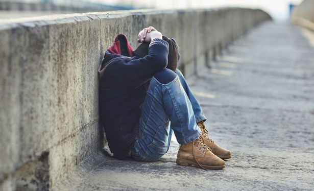 Na czym ono polega? Bezdomny dostaje miejsce w mieszkaniu bez żadnych warunków wstępnych