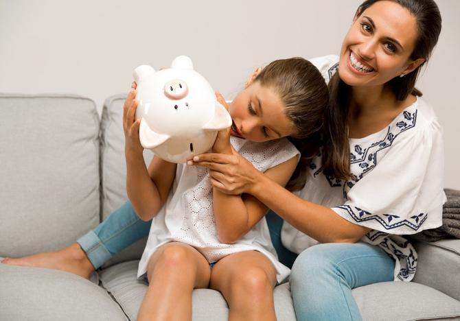 Ćero, mama će ti vratiti pare čim dobije platu - jedna je od najčešćih roditeljskih laži