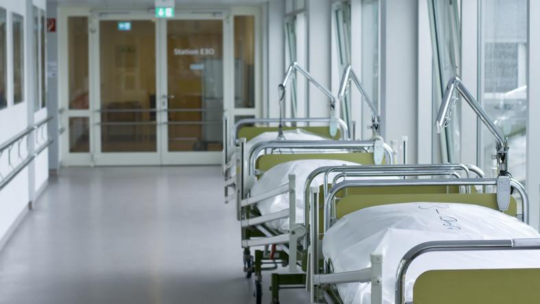 Aby rozwiązać problem, leczenie ortopedyczne powinno być inaczej finansowane przez NFZ