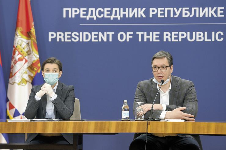 Ustavopravni okvir je obavezan za sve: Ana Brnabić i Aleksandar Vučić