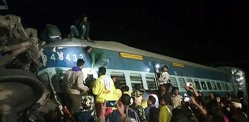 Katastrofa kolejowa w Indiach. Dziesiątki ofiar