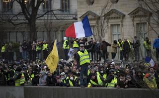 Francja: Będą sankcje wobec wandali biorących udział w ruchu 'żółtych kamizelek'