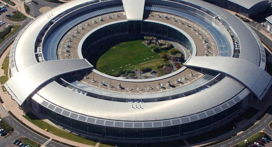"""Snowden: """"GCHQ kann Euer Smartphone übernehmen"""""""
