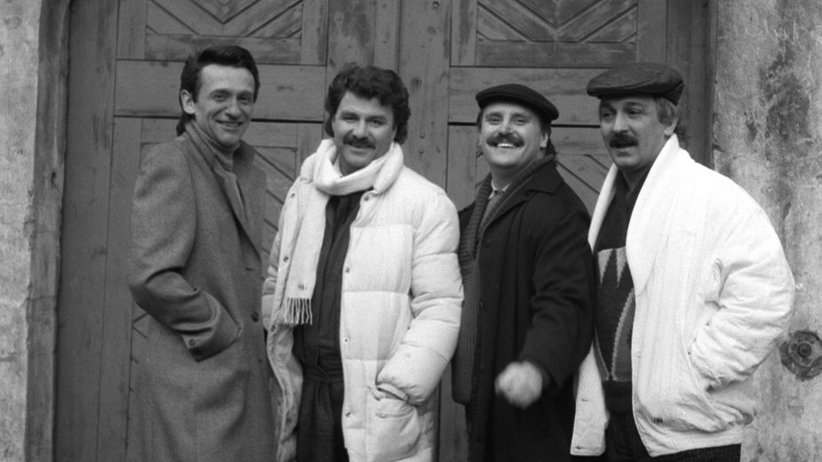 Krzysztof Krawczyk (drugi od lewej) z zespołem Trubadurzy (Sławomir Kowalewski, Ryszard Poznakowski i Marian Lichtman)