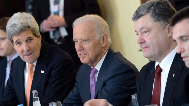 Biden wzywa Putina, by wycofał wojska w Ukrainy
