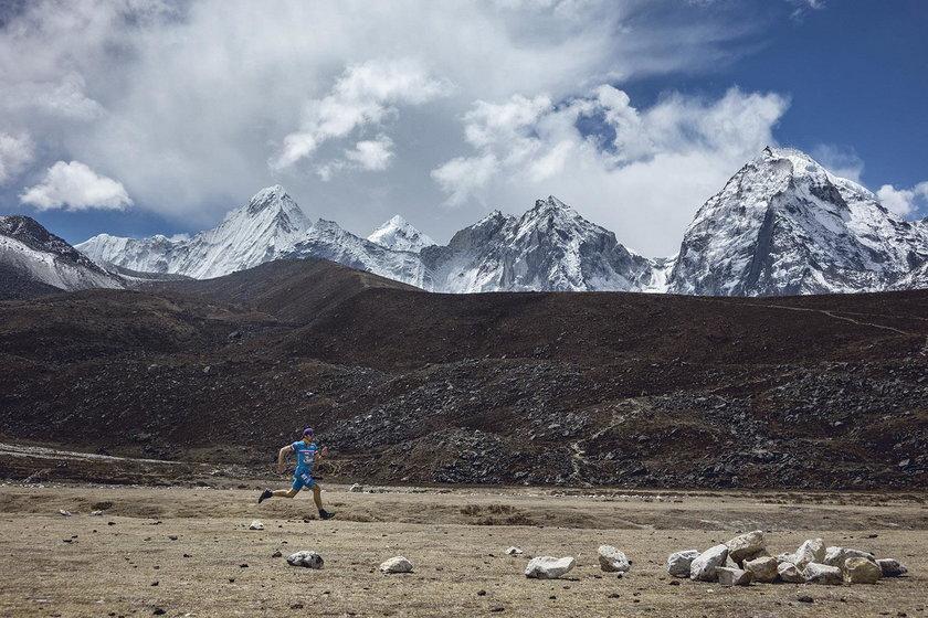 Treningi na wysokości przekraczającej 3500 metrów n.p.m. pozwalają przygotować dobrze organizm do ekstremalnego wysiłku