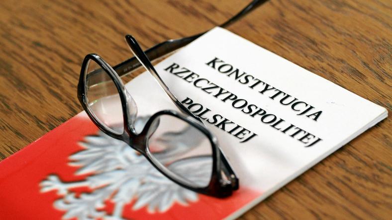 Znalezione obrazy dla zapytania konstytucja rp