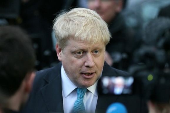 Da li je Britanija dobila ADEKVATNOG PREMIJERA: Prve krize koje čekaju Džonsona, a jedna je VRLO OPASNA