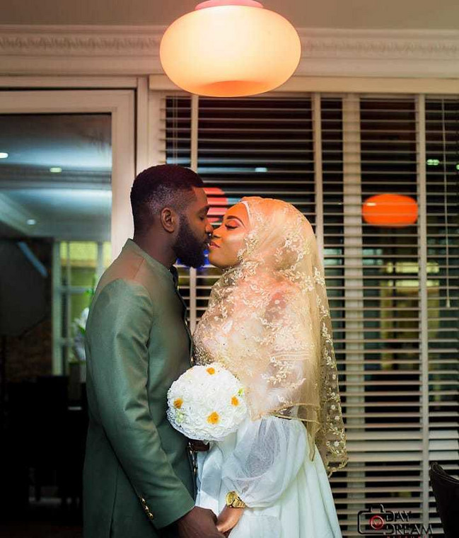 Jenifa Diary's actor, Jide Awobona is off the bachelor market as he got married to his heartthrob last week [Instagram/JideAwobona]