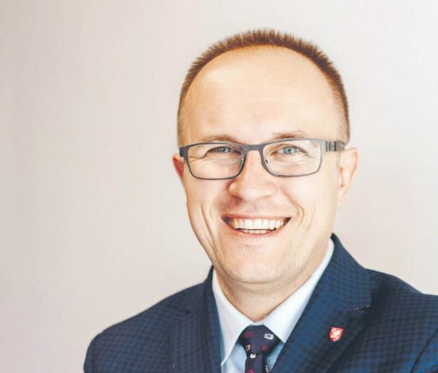 Dr n. farm. Piotr Merks, adiunkt na Wydziale Medycznym, Collegium Medicum Uniwersytetu Kardynała Stefana Wyszyńskiego w Warszawie