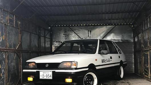 Polonez Caro w stylu AE86 z Initial D