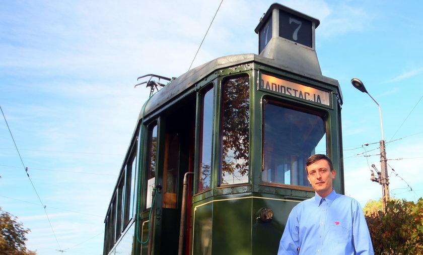 Zabytkowy tramwaj w discovery