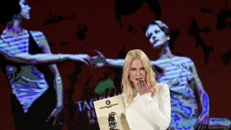Gwiazda przebywa obecnie na Sycylii. Bierze tam udział w Festiwalu Filmowym w Taorminie...