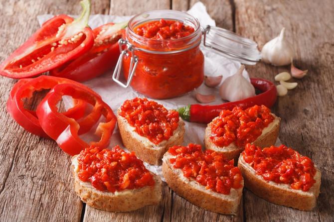 Ajvar od pečenih paprika