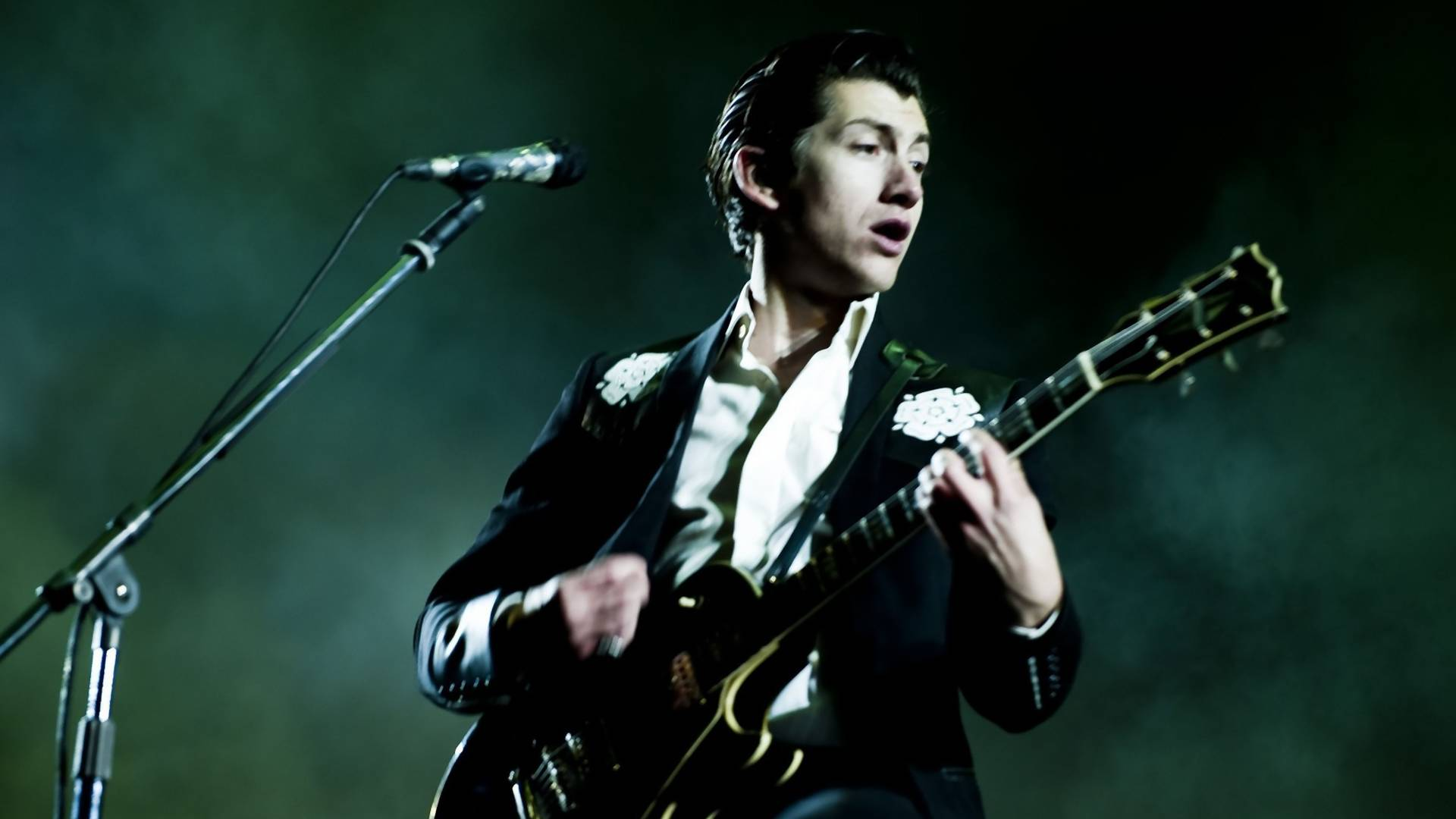 Arctic Monkeys kolejnym headlinerem Open'era 2018!