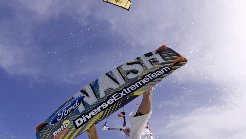 Kitesurfing to ostatnio bardzo modny sport