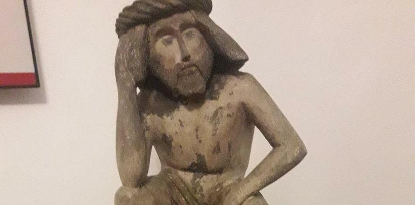 Nastoletni sprawcy ukradli figurę Chrystusa