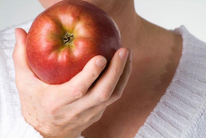 Jabuka čuva srce i olakšava simptome alergije i astme