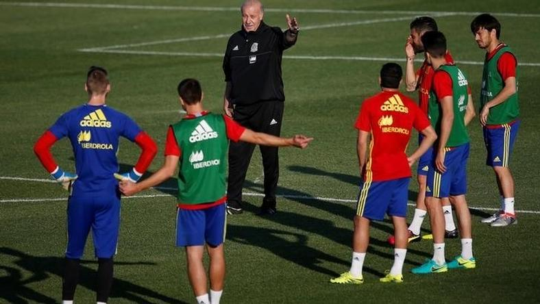 Spain's coach Vicente del Bosque gestures .