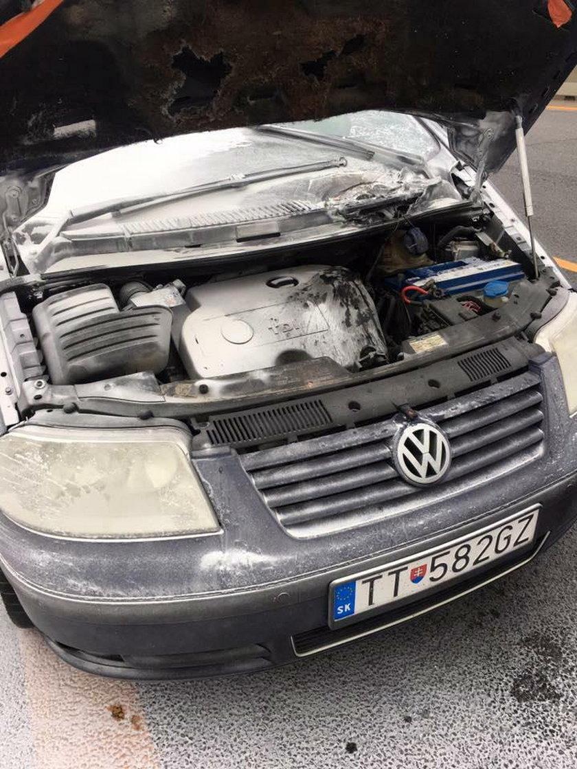 Samochód Słowaczki płonął. Pan Jacek ruszył na ratunek