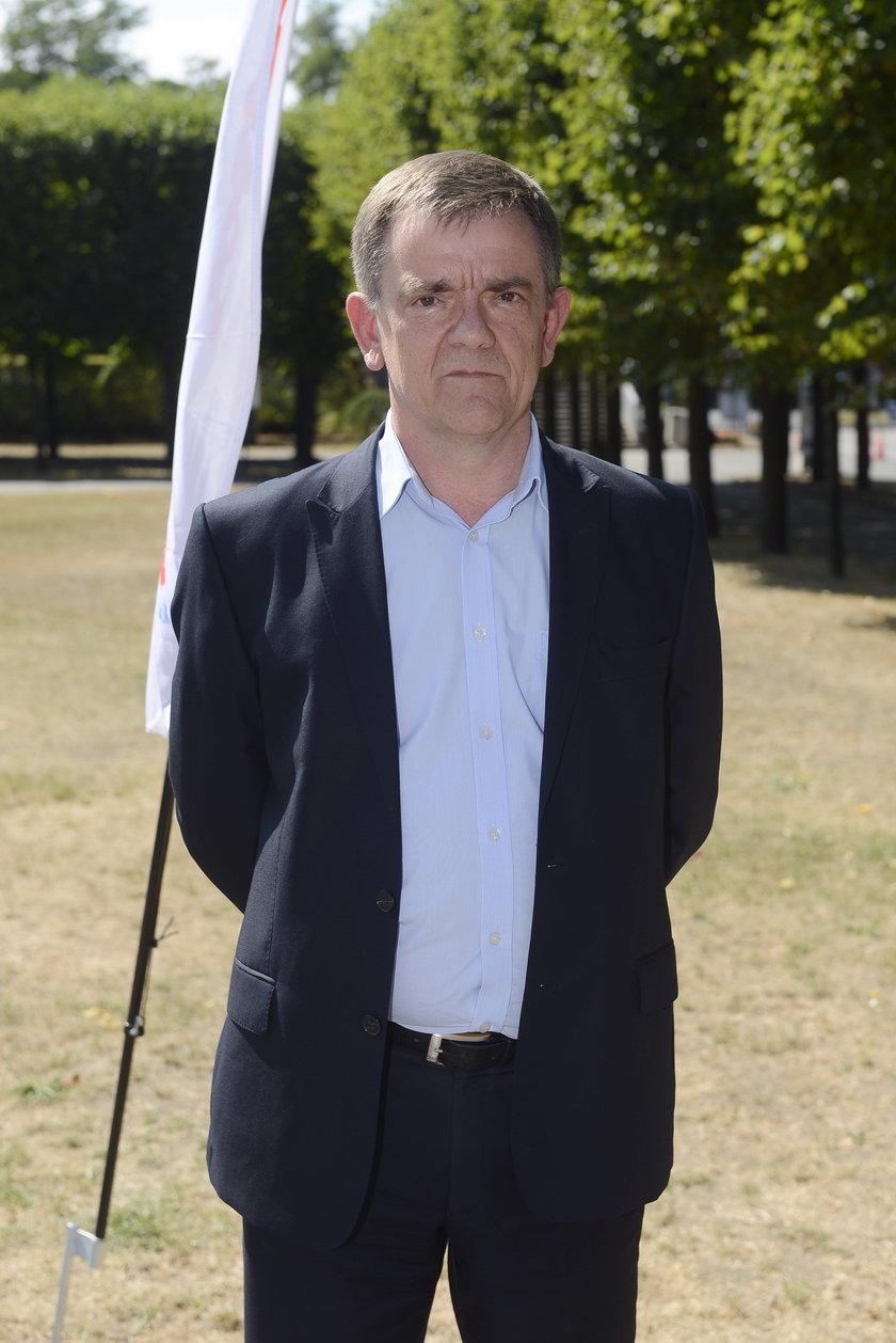 Flaga znów załopocze na Iglicy