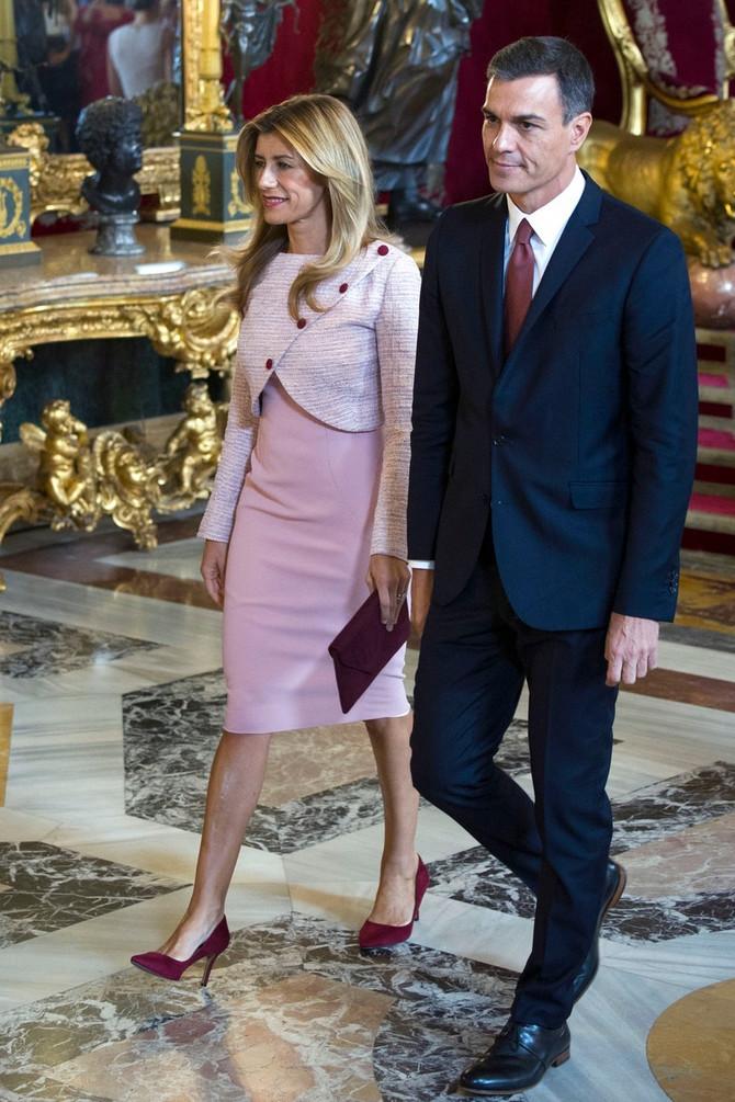Premijer sa suprugom