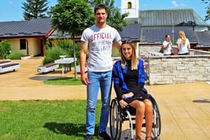 PADOBRANAC, RONILAC, RAGBISTA Posle stravičnog udesa ostala je u invalidskim kolicima, ali hrabru Milicu to nije zaustavilo