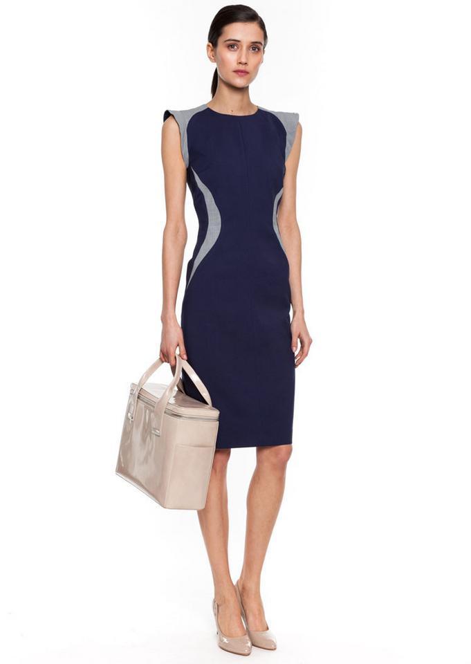 Sukienki dla czterdziestolatek - do pracy