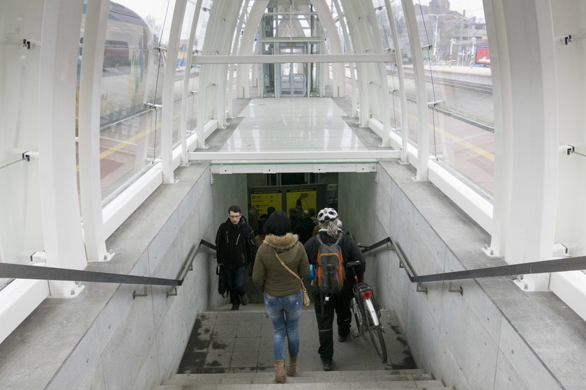 Zejście do tunelu