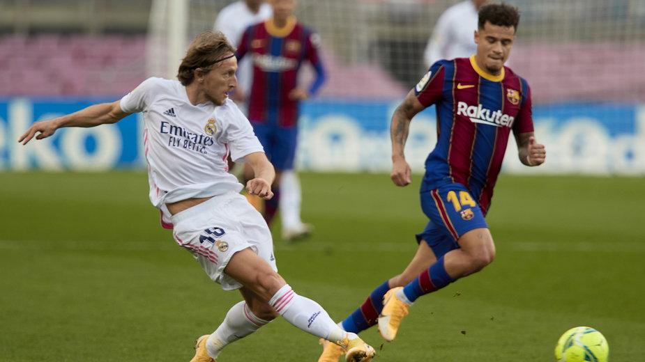 Mecz FC Barcelona z Realem Madryt na Camp Nou