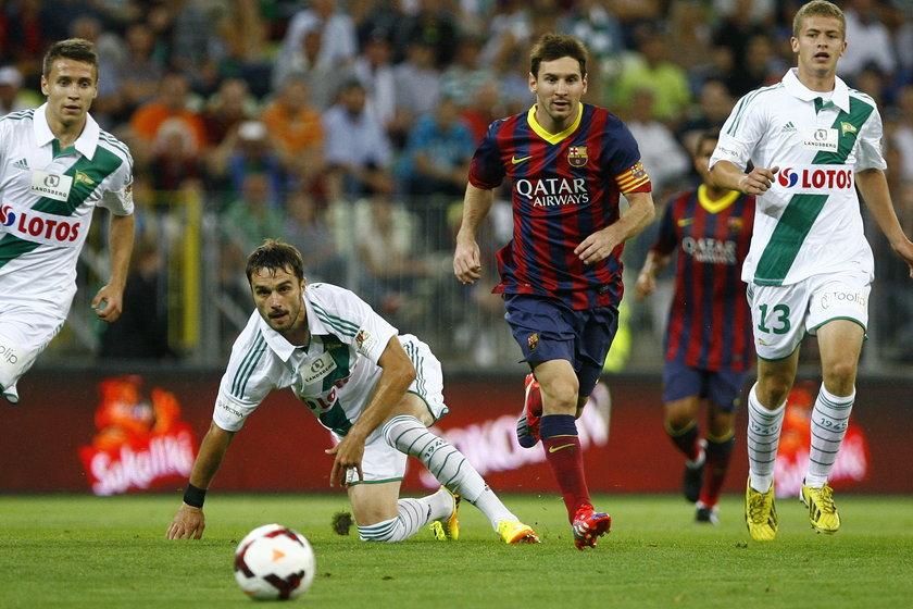 Zgrzyt na meczu Lechii z Barceloną