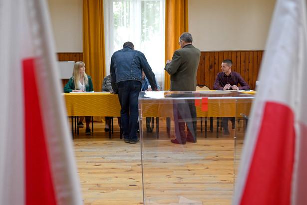Do udziału w głosowaniu w Polsce uprawnionych jest 29 mln 994 tys. 623 wyborców