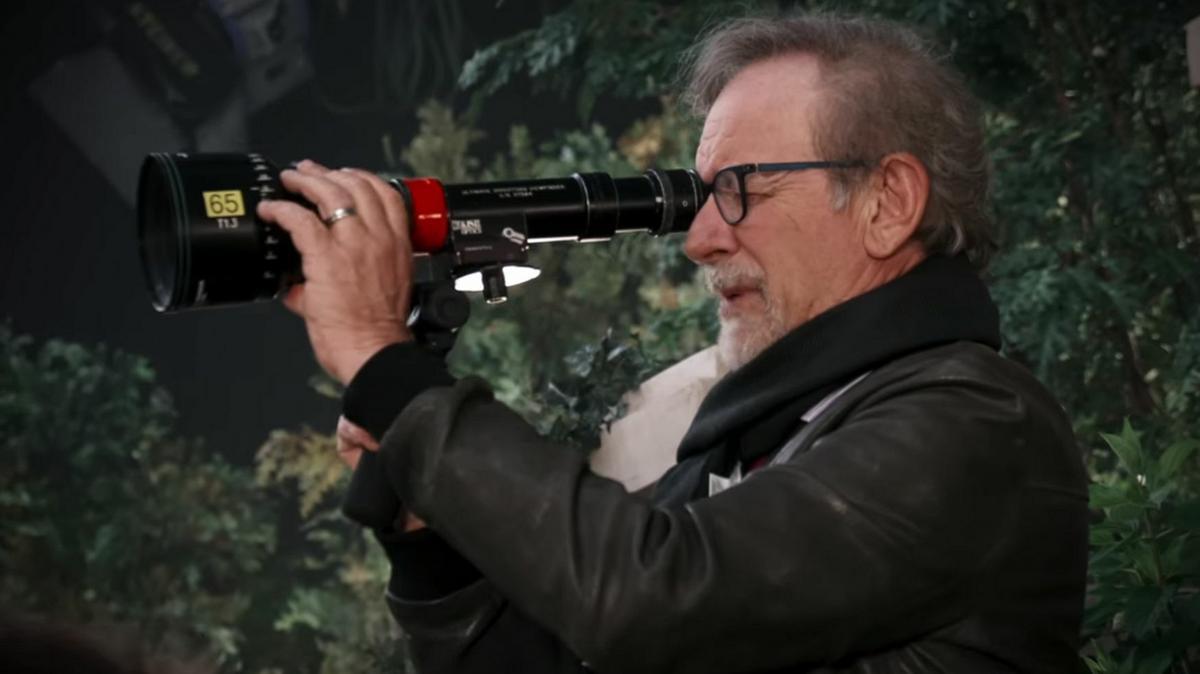 Váratlan fordulat: Steven Spielberg korábban még kritizálta a Netflixet, most nagyszabású együttműködést írt alá velük