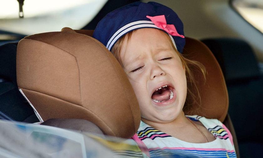 Migrena brzuszna. Co może oznaczać silny ból brzucha u dziecka?