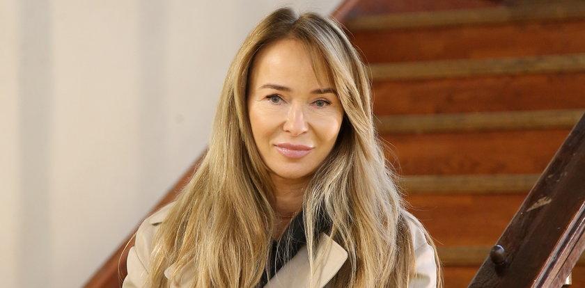Joanna Przetakiewicz pozuje topless. Gwiazda rozebrała się w ważnym celu