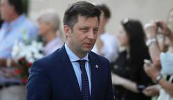 Afera e-mailowa. Dziennikarz TVN zaprzecza, by doradzał Dworczykowi