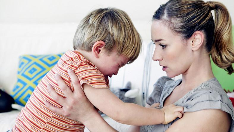 Jak się objawiają zaburzenia sensoryczne u dziecka?