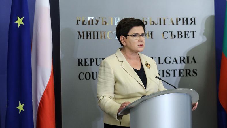 Beata Szydło podczas konferecji prasowej