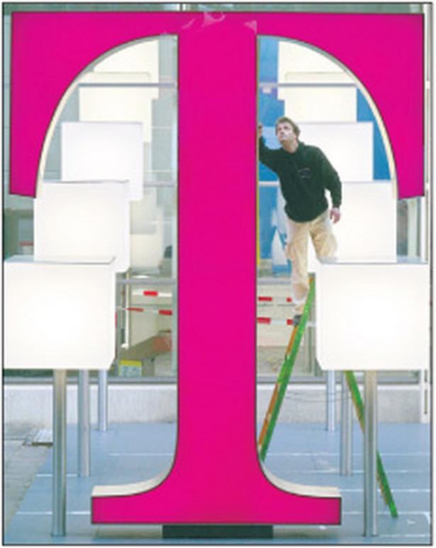 Tak wygląda logo T w innych krajach Europy Fot. Forum