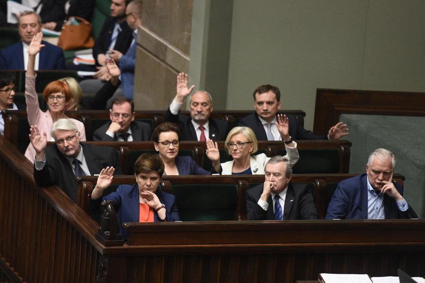 Głosowanie ustawy o SN.