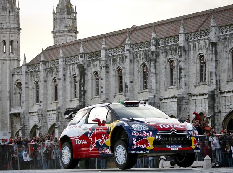 Na drugiej pozycji uplasował się siedmiokrotny mistrz świata Francuz Sebastien Loeb (Citroen DS 3 WRC) ze stratą 1,3 s