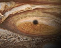 AWIDEO_445_This_incredible_NASA_animation_shows_what_it_s_like_to_fly_into_Jupiter_s_Great_Red_Spot_v2